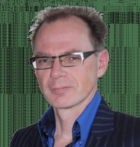 Frank Groot Koerkamp pasfoto vrijstaand
